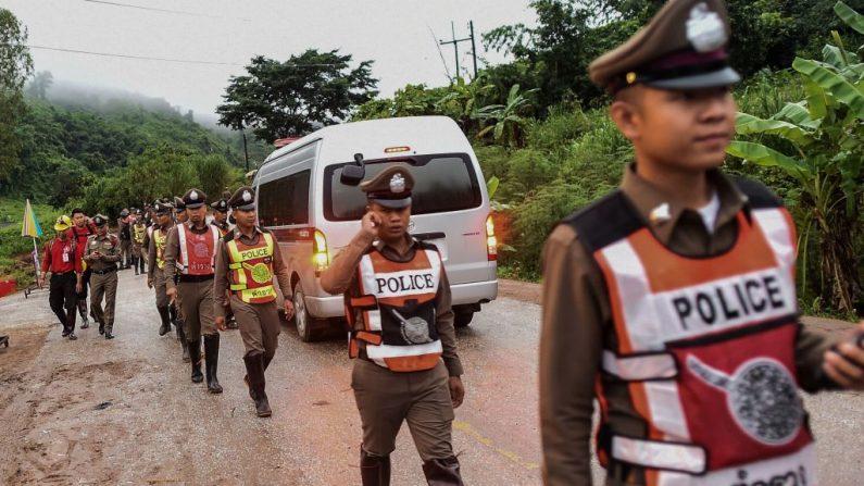 Grotte en Thaïlande: «bonnes nouvelles» promises sous peu par le chef des sauveteurs