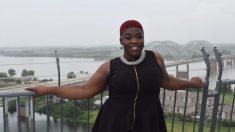 Une femme courageuse est passée d'être une nouvelle maman sans-abri à devenir PDG