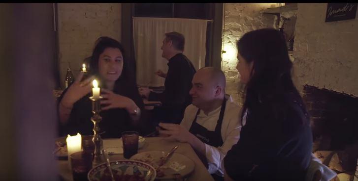 Un célèbre chef cuisinier forcé d'abandonner ses restaurants à cause de la guerre