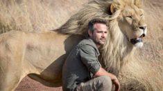 Rencontrez «celui qui murmure à l'oreille des lions», un homme qui tisse des liens étonnants et qui parle un langage non verbal avec les animaux
