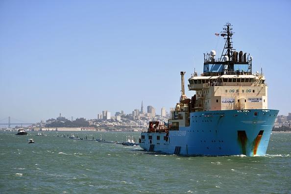 L'extracteur Ocean Cleanup quitte San Francisco pour nettoyer le Pacifique de ses plastiques