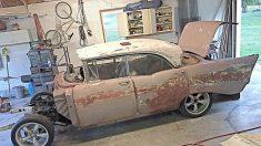Un petit-fils vend sa voiture pour restaurer la Chevrolet Bel Air 1957 de son grand-père – sa réaction est «spectaculaire»