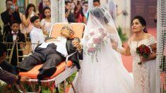 Le dernier souhait de ce père était d'emmener sa magnifique fille à l'autel