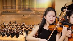 La mère d'une violoniste de 12 ans a été tuée par la police. Voici pourquoi sa musique peut pénétrer dans votre âme