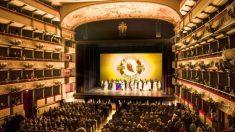 Malgré les tentatives de Pékin de déjouer les tournées de Shen Yun en Europe et ailleurs, la compagnie s'épanouit