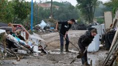 Inondations/Aude: rappel à la loi pour cinq personnes arrêtées en train de piller un camion de denrées alimentaires
