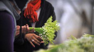 Dordogne: une collégienne de 14 ans vend du muguet pour faire un don à la SPA
