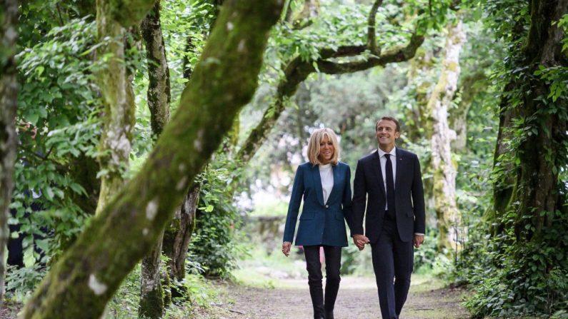«Il faut arrêter les bêtises maintenant!»: une discussion houleuse entre Brigitte et Emmanuel Macron