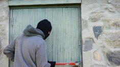 Savoie : il cambriole une maison, oublie ses papiers sur place, puis porte plainte pour vol