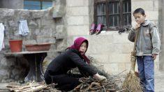 L'interdiction du charbon en Chine : la population dans le Nord brûle des meubles pour se réchauffer