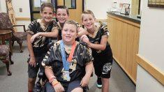 Un garçon de 10 ans atteint de paralysie cérébrale réalise son rêve de jouer au rugby et marque un but