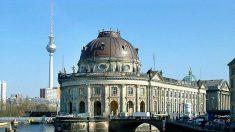 Inauguration à Berlin du bâtiment d'accès à l'île aux Musées conçue par Chipperfield