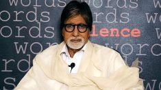 Une star de Bollywood efface les dettes de près de 1400 fermiers en Inde