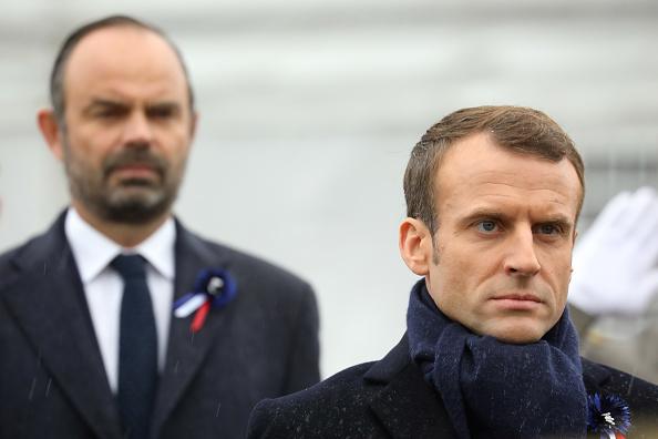 Sondage: chute de popularité pour Emmanuel Macron et Édouard Philippe
