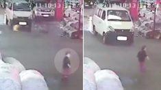 Voici pourquoi de nombreux conducteurs chinois tuent intentionnellement les piétons qu'ils heurtent accidentellement