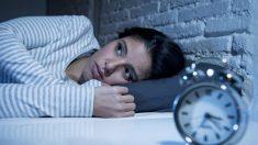 On dit que se réveiller la nuit vers 4 heures du matin pourrait signifier un « éveil spirituel »
