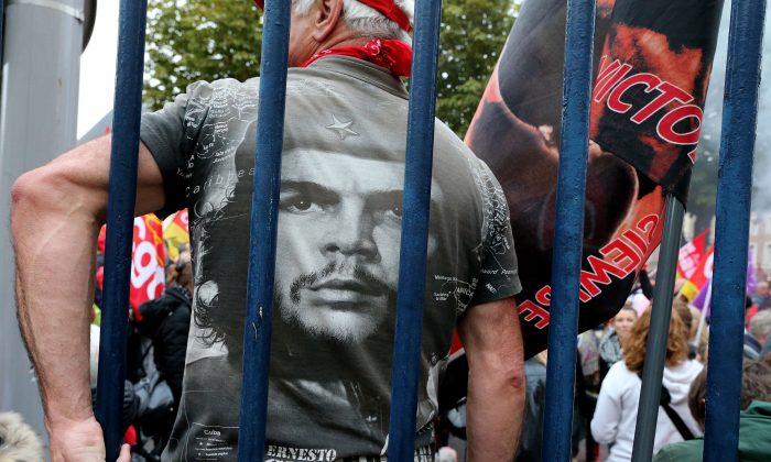 Che Guevara, Cuba et l'influence soviétique