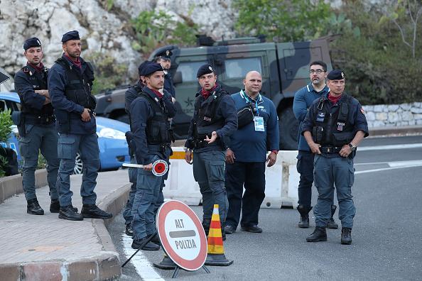 Italie: la police arrête 15 passeurs soupçonnés d'acheminer des djihadistes depuis la Tunisie