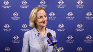 «Puissance» et «sérénité», décrit une responsable communication à propos de Shen Yun