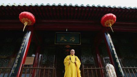 Des moines chinois deviennent des «sugar babies» pour les femmes riches