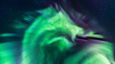 La NASA partage une photo d'une aurore boréale inhabituelle dans le ciel