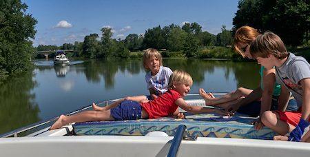 Slow tourisme en famille au fil de la Saône et de la Seille