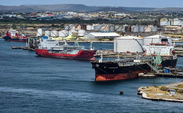 Pétrole: l'AIE s'inquiète de la baisse de production au Venezuela