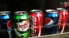 Boire une seule canette de soda augmente vos risques de mourir d'une maladie cardiaque
