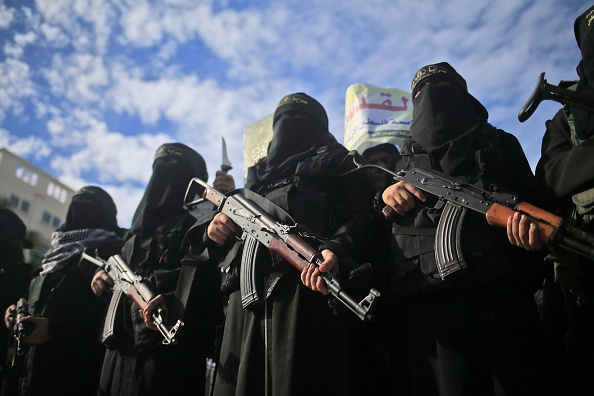 Charlotte d'Ornellas sur le retour des djihadistes en France: «Ils savaient les peines de pays dans lesquels ils se sont engagés, dans lesquels ils ont brûlé leur passeport français»