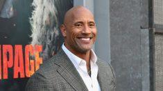 Dwayne «The Rock» Johnson affirme que le char d'assaut qui porte son nom est un «honneur» - il reçoit une avalanche de critiques