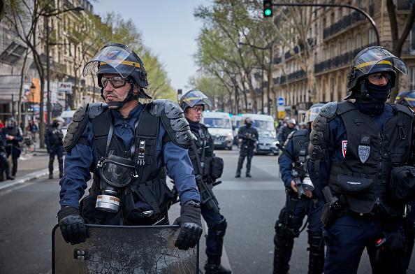 Gilets jaunes – Le syndicat de police Alliance en a ras-le-bol: « Ça suffit, nous en avons marre de toutes ces critiques !»