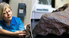 Un agriculteur découvre qu'il utilise une météorite comme cale-porte de grange depuis des années, d'une valeur de 88000€