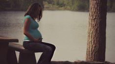 Une mère de 5 enfants fait don de son utérus à une autre femme