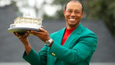 Le champion de golf Tiger Woods revient en force après être tombé au plus bas il y a 11 ans