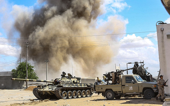 Libye: 121 morts et près de 600 blessés dans les combats près de Tripoli (OMS)