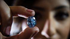 Un rare diamant bleu de 20 carats découvert au Botswana