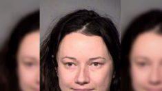Une femme, accusée d'avoir harcelé un homme avec 159 000 messages texte et de s'être introduite chez lui par effraction, prend la parole