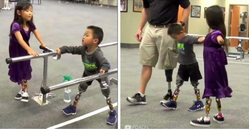 Vidéo: Les premiers pas de Charlie avec l'aide de ses amis