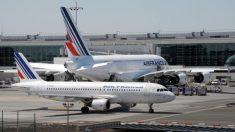 Entre 200 et 500 sans-papiers ont bloqué le Terminal 2 de l'aéroport de Roissy :