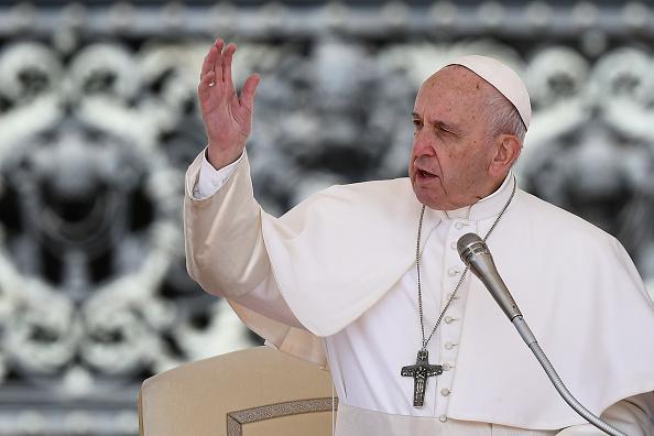 Le pape François compare l'avortement à «embaucher un tueur à gages»