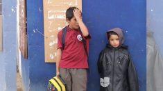 Un enfant de 11 ans a élevé seul ses 3 frères et sœurs après la disparition de leur mère