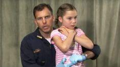 Le moyen le plus rapide pour sauver des vies que les parents doivent apprendre pour empêcher un enfant de s'étouffer