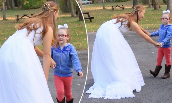 Une fillette autiste pense que la mariée est Cendrillon et court vers elle: «J'étais très émue»
