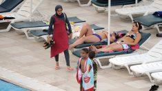 Opération coup de poing de femmes musulmanes en burkini dans une piscine de Grenoble