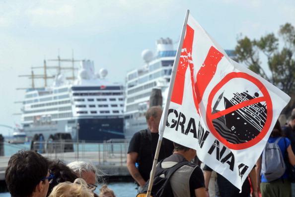 A Venise, une manifestation pour interdire le passage des paquebots