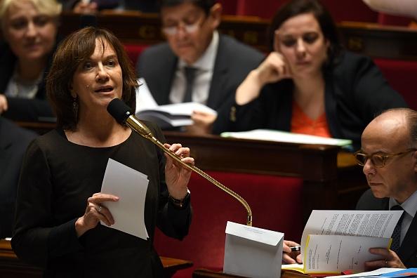 Avortement: le Sénat revient sur l'allongement des délais à 14 semaines