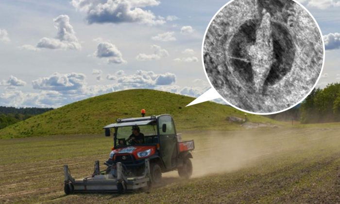 Des experts découvrent un navire viking vieux de 1000 ans enterré sous une colline norvégienne