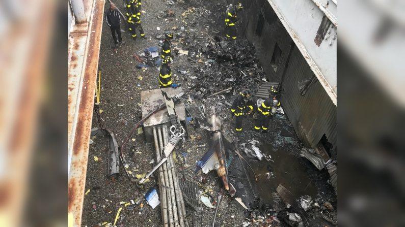 Le pilote d'hélicoptère qui s'est écrasé sur un gratte-ciel de New York pourrait avoir manœuvré «pour épargner les gens au sol», selon un confrère