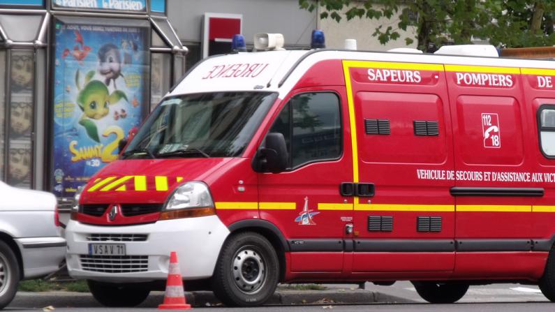 Corrèze: un mort, neuf blessés légers dans une collision entre minibus et car scolaires