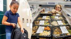 Une école de l'Indiana transforme les repas non servis en plats à emporter le week-end pour les élèves dans le besoin